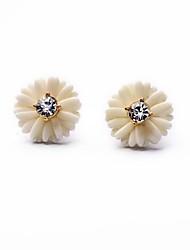 European Style Luxury Gem Geometric Earrrings White Flower Stud Earrings for Women Fashion Jewelry Best Gift