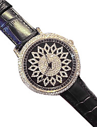 Women's Luxury Fashion Diamond Leather Quartz Watch