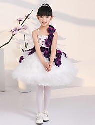 Ball Gown Knee-length Flower Girl Dress - Tulle Sleeveless Spaghetti Straps with Flower(s)