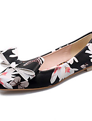 Women's Shoes Patent Leather Bowknot Print Flat Heel Comfort / Pointed Toe Flats Office & Career / Casual