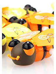 On The Chain Clockwork Toy Big Eyes Walk Bee Wings