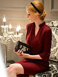 DABUWAWA Women's Formal / Party/ Vintage / Sophisticated Sheath Dress,Solid V Neck Knee-length ¾ Sleeve