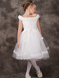 A-line Tea-length Flower Girl Dress - Tulle Off-the-shoulder with Bow(s) Lace