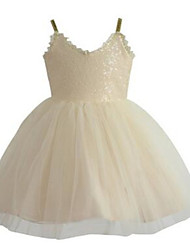 Ball Gown Knee-length Flower Girl Dress - Tulle / Sequined Sleeveless Spaghetti Straps with Sequins