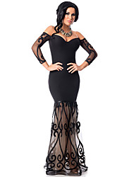 Women's Black Off Shoulder Embroidered Tulle Mermaid Gown