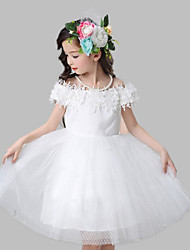 A-line Knee-length Flower Girl Dress - Cotton / Satin / Tulle Short Sleeve Off-the-shoulder with Appliques