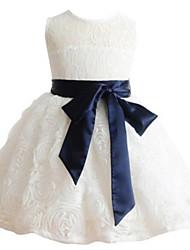 2017 vestido de baile vestido de flores na altura do joelho menina - jóia rendas sem mangas com laço / faixa / fita