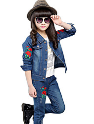 Girl's Cotton Spring/Autumn Casual Rose Embroidered Cowboy Jacket Denim Coat And Jeans Pants Two-piece Set