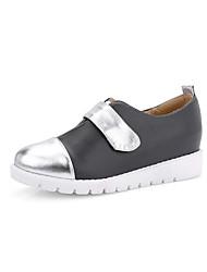 Черный / Белый-Женская обувь-Для праздника / На каждый день-Полиуретан-На плоской подошве-На плокой подошве-На плокой подошве
