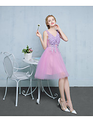 Cocktail Party Dress A-line V-neck Knee-length Lace / Satin / Tulle with Appliques / Beading / Flower(s)