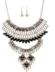 May Polly Hollow retro fashion Jeweled tassel Bead Necklace Earrings Set