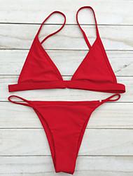 Bikinis Aux femmes Couleur Pleine Licou Nylon / Spandex