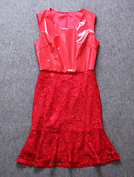Boutique S Women's Formal Sophisticated Sheath DressSolid U Neck Knee-length Sleeveless Red PU / Polyester
