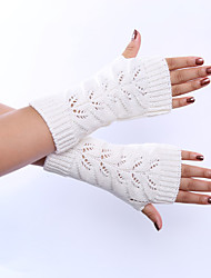 Women's Winter Wool Knitting Twist Hollow Out Solid Color Gloves