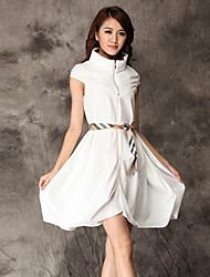 Mujer Corte Ancho Vestido Noche Simple,Un Color Escote Chino Mini Manga Corta Blanco / Negro Poliéster Para Todas las TemporadasTiro