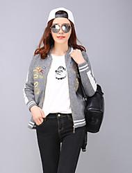 Yang X-m de tamaño extra grande de las mujeres / salir chaquetas chinescas bloque de color / bordado