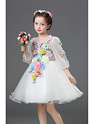 A-line Knee-length Flower Girl Dress - Chiffon / Satin 3/4 Length Sleeve V-neck with Appliques