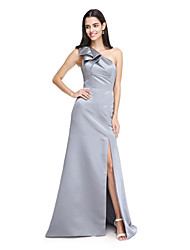 2017 Lanting Bride® Sweep / Brush Train Satin Elegant / Furcal Bridesmaid Dress - A-line One Shoulder with Bow(s)