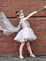 Ball Gown Knee-length Flower Girl Dress - Tulle / Stretch Satin Sleeveless V-neck with Beading / Embroidery / Flower(s)