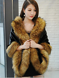 Women's Going out Sophisticated Cloak/Capes,Solid / Print V Neck ¾ Sleeve Winter Red / White / Black / Brown Raccoon Fur Thick