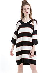 Feminino Tricô Vestido,Informal / Casual Simples Listrado Decote Redondo Acima do Joelho Manga ¾ Colorido Lã / Algodão / PoliésterOutono