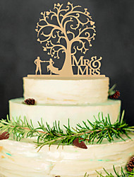 Europe and the United States wooden bridal MR&MRS the bride and groom wedding cake inserted card custom wedding cake