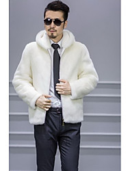 Men's Going out / Casual/Daily Vintage / Simple / Street chic Fur Coat,Solid Hooded Long Sleeve Winter White Faux Fur Medium