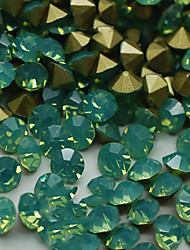 SS8 20pcs/lot 2.3mm-2.5mm New Design Green Opal Rhinestone For Nail Jewelry Golden Point Back 3D Rhinestones Decoration