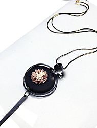 Necklace Statement Necklaces Jewelry Wedding / Party / Daily Round Circular Design / Flower Style Wood Women 1pc Gift Black