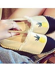 Feminino-Mocassins e Slip-Ons-ConfortoBranco-Tecido-Casual