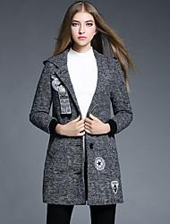 Женский На каждый день Однотонный Пальто V-образный вырез,Простое Зима Серый Длинный рукав,Полиэстер