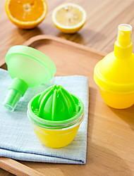 Fruit Lemon Juicer Fruit Citrus Orange Juicers  Lemon Spray Mist Kitchen Tools(Random Color)