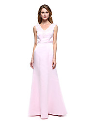 2017 Lanting Bride® A-line Mother of the Bride Dress - Elegant Floor-length Sleeveless Satin with Appliques / Beading / Sash / Ribbon