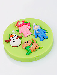 Christmas Theme Cake Decorations Sugarcraft Decorating Tools Snowman and Dog Fondant Mould Random Color