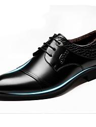 Masculino sapatos Pele Primavera Verão Outono Inverno Conforto Inovador Oxfords Cadarço Para Casamento Festas & Noite Preto Castanho