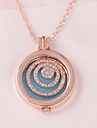 Necklace Pendant Necklaces Jewelry Wedding / Party / Daily Others Circular Design Alloy Women 1pc Gift Gold