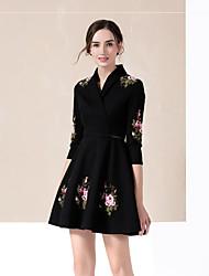 Skater Kleid-Lässig/Alltäglich Anspruchsvoll Stickerei Hemdkragen Übers Knie ¾-Arm Schwarz Baumwolle Winter Mittlere Hüfthöhe