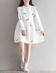 assinar seções vestido e longos 2017 no início da primavera nova gola bordada grande modelos de tamanho de algodão de mangas compridas
