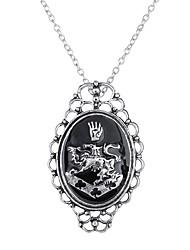 Муж. Жен. Ожерелья с подвесками Бижутерия Овальной формы Сплав Уникальный дизайн С логотипом В виде подвески Панк Euramerican Бижутерия