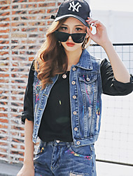 Korean version of the 2017 spring new Korean wave of brand spray painted denim vest sleeveless denim vest female