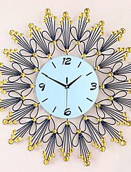 Creative Fashion Luxury Diamond Metal Mute Wall Clocks