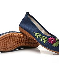 Resorte y verano viento nacional femenino zapatos bordados zapatos antiguos de beijing zapatos planos de baile zapatos de lino