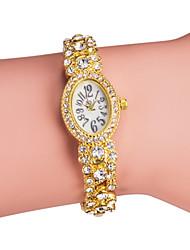 Женские Модные часы Часы-браслет Японский кварц Имитация Алмазный Кварцевый Группа Блестящие Элегантные часы Серебристый металл Золотистый