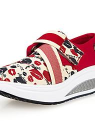 Красный-Для женщин-Для прогулок Для офиса Повседневный-Полотно-На танкетке-Светодиодные подошвы Удобная обувь-Мокасины и Свитер