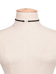 Collier court /Ras-du-cou Bijoux Forme de Numéro Alliage Européen Mode euroaméricains Simple Style Classique Blanc Noir Bijoux PourSoirée