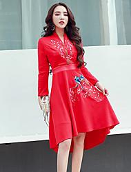 Знак аристократической темперамент 2016 новой зимой юбка вышитые ретро сливы V-образным вырезом с длинными рукавами платье