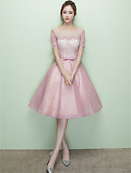 Knee-length Lace Tulle Lace-up Bridesmaid Dress - Princess Scoop with Lace Sash / Ribbon