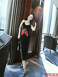 * Dress sexy temperament was thin sleeveless dress embroidered patch of roses