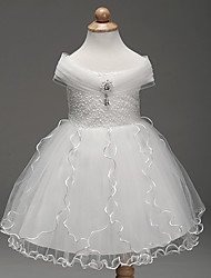 Ball Gown Knee-length Flower Girl Dress - Cotton Organza Tulle Off-the-shoulder with Embroidery