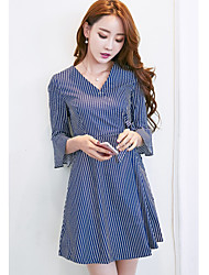 Sign 2017 spring new high waist skirt in a dress shirt sleeve flounced V-neck striped dress